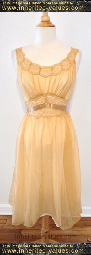 Vintage VANITY FAIR Tan Nylon Lace Lined Full Dress Slip Sleepwear ...